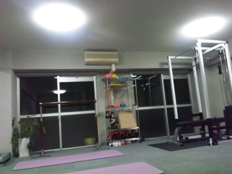 名古屋栄・矢場町の姿勢改善・美脚メイク 加圧トレーニングスタジオ リフィット